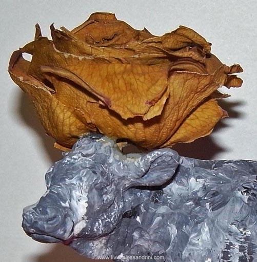 Livia Alessandrini - tête fleurie d'une creature de ma Poyà